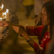Yangon: Activité à l'intérieur de la pagode de Shwedagon, Yangon