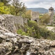 Cité médiévale de Crémieu: Vestiges du prieuré St Hippolyte XIII, XIV, XVIème siècle
