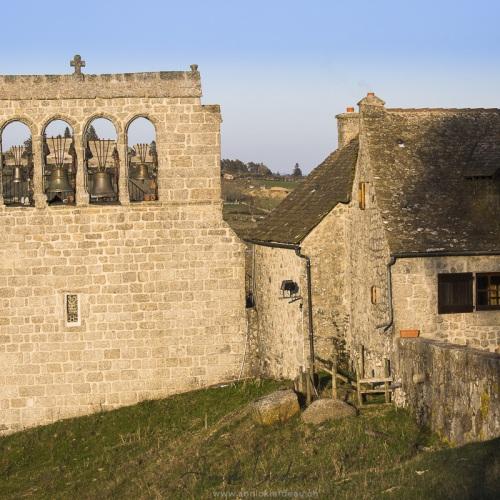Aubrac: Eglise de Prisuéjols