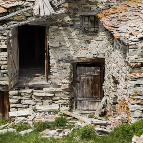 Construction abandonnée, réserve de de la Grande Sassière