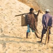 Discussion sur la plage
