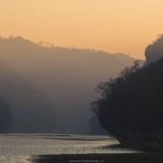 Lever de soleil sur le fleuve Manambolo