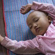 Petite nonne à la sieste