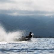 Lac Inle: barque à moteur