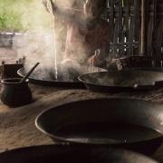 Préparation du sucre de cocotier