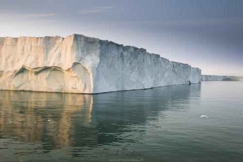 Calotte de glace sur l'ile du Nord-Est