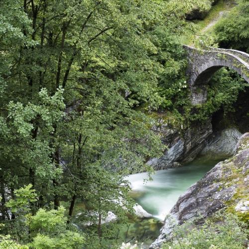 Pont de pierre, Tessin